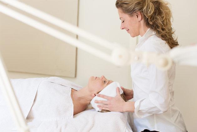 bindweefselmassage gezichtsbehandeling